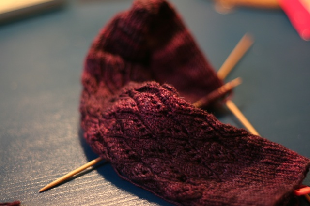 Almondine socks in progress.