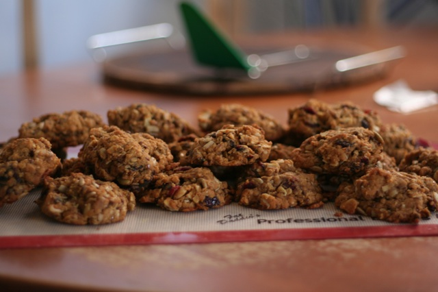 Two dozen cookies.