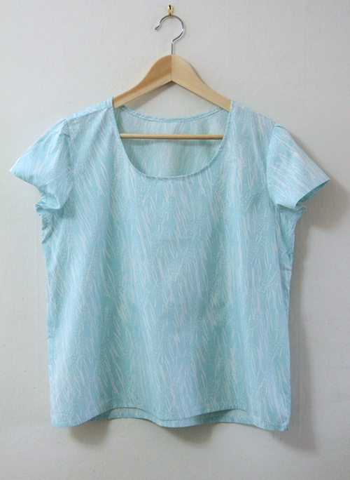 I sewed this Scout Woven Tee a few weeks ago. It's basically just a wearable muslin, but it's so much better than the actual muslin I made that it feels like excellent progress. I've even worn it out!